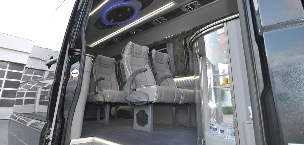 Luxus VIP Van